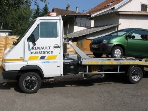 VEHICULES - CAMIONS - RENAULT ASSISTANCE